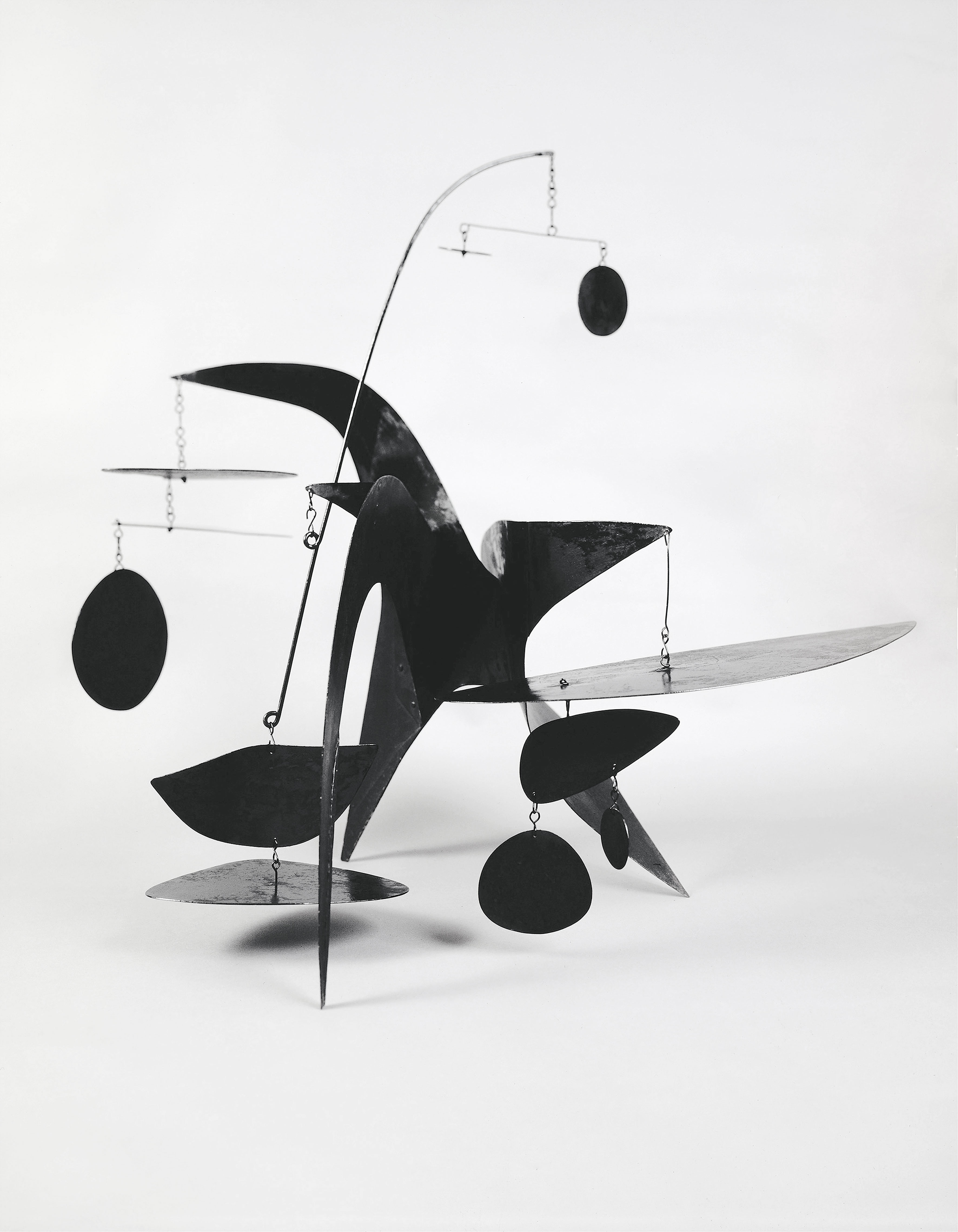 Alexander Calder, The General Sherman, 1945; Metallblech, Rundstab und Draht, bemalt; 81,3 x 111,8 x 58,4 cm; Julie und Edward J. Minskoff; © 2016 Calder Foundation, New York / ProLitteris, Zürich